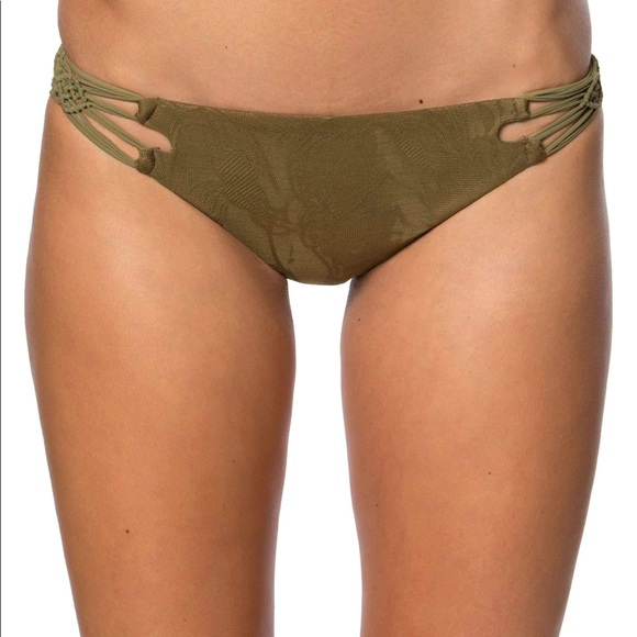 6be2075d1ed  NWT  O Neill Lana Macrame Cheeky bottoms
